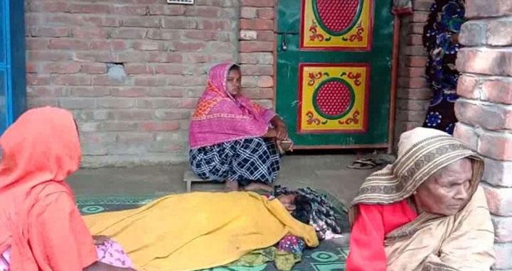 আলমডাঙ্গায় শ্বাশুড়িকে শ্বাসরোধ করে হত্যার অভিযোগ উঠেছে পুত্রবধূর বিরুদ্ধে